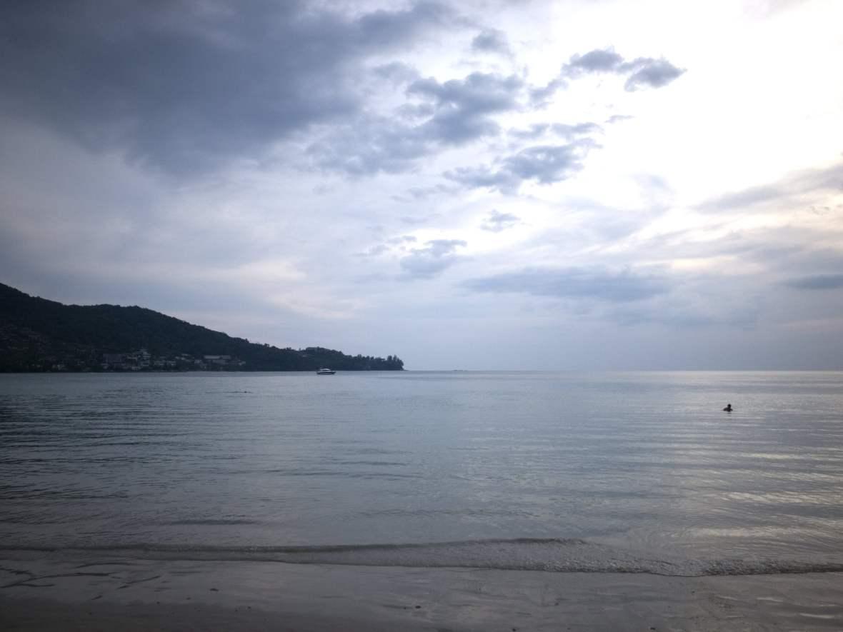 Quiet_Beach.jpg